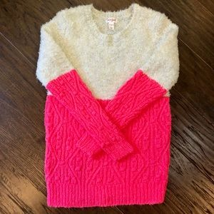 Adorable comfortable girls sweater